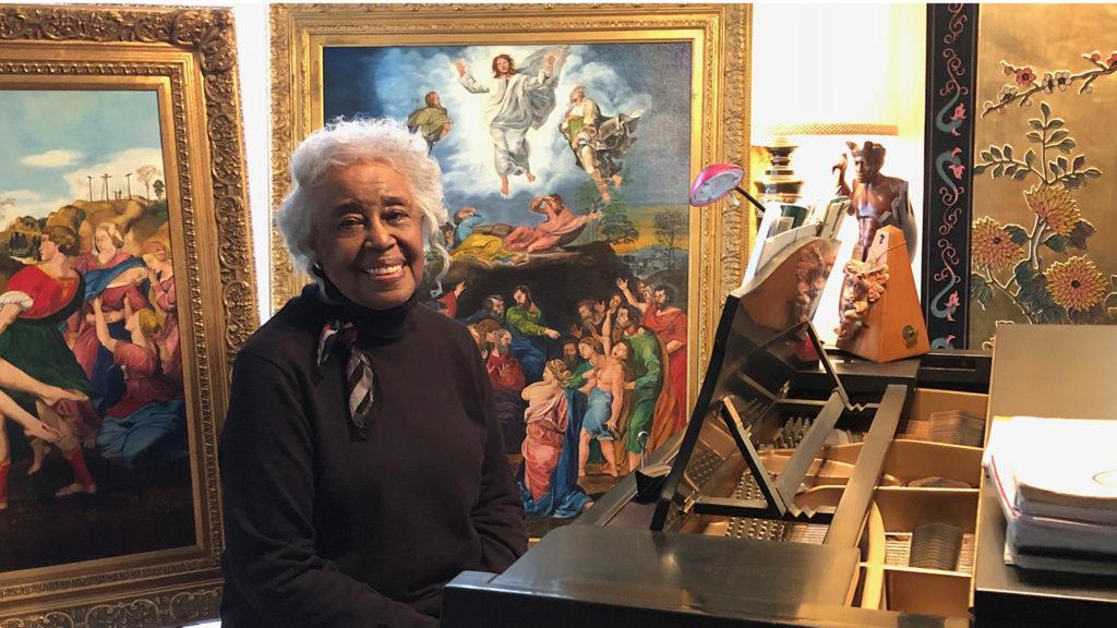Photo of Lois White