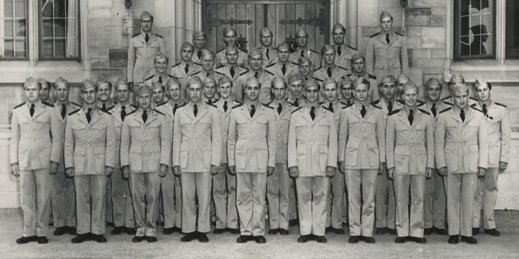 Military graduates in 1942